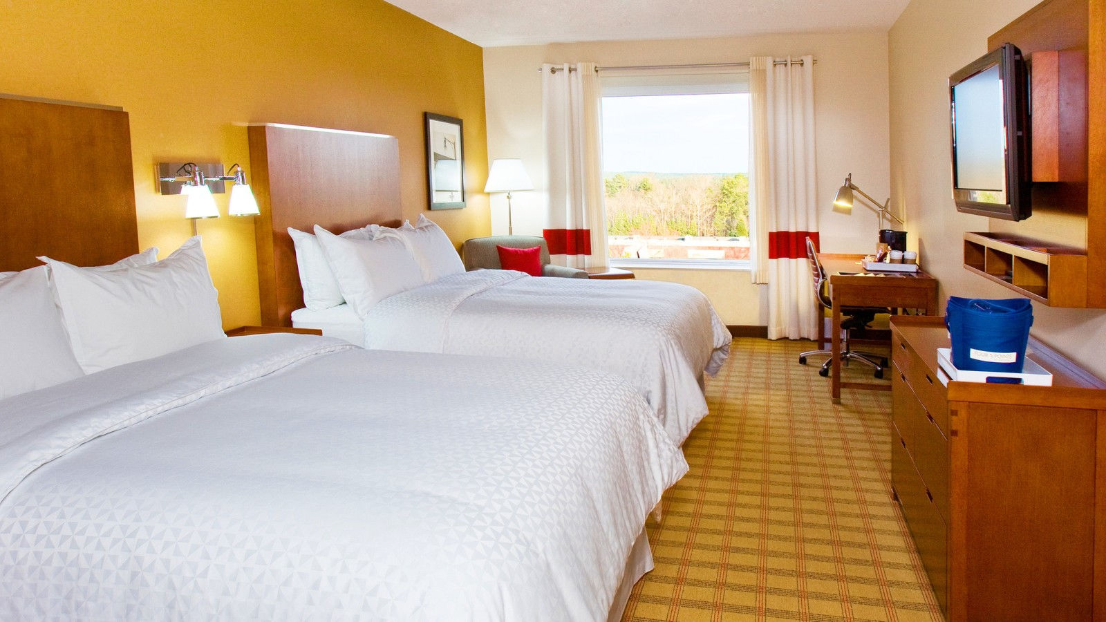 Raleigh Durham Airport Accommodations - Double Queen Guest Room